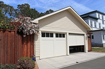 SOS Garage Doors North Hollywood, CA 818-532-2752